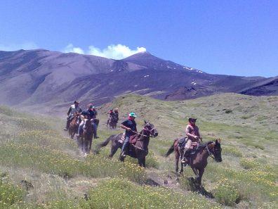 escusione a cavallo Etna